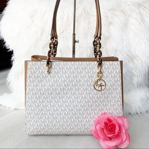 NEW Michael Kors Sofia Tote